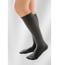 Attractive Elastic Knee-high Stockings