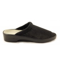 Light Black Slipper