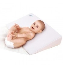Anti-reflux pillow for baby